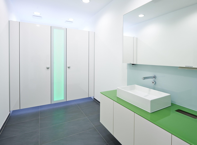 wc trennwand ef3 jump lichtelemente sch fer trennwandsysteme. Black Bedroom Furniture Sets. Home Design Ideas