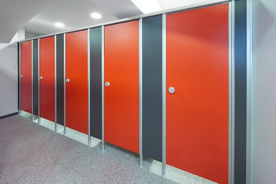WC Trennwand VK13 › Schäfer Trennwandsysteme